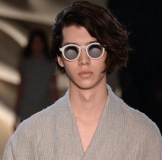 发型  巴黎秀场上最in的十款男士发型